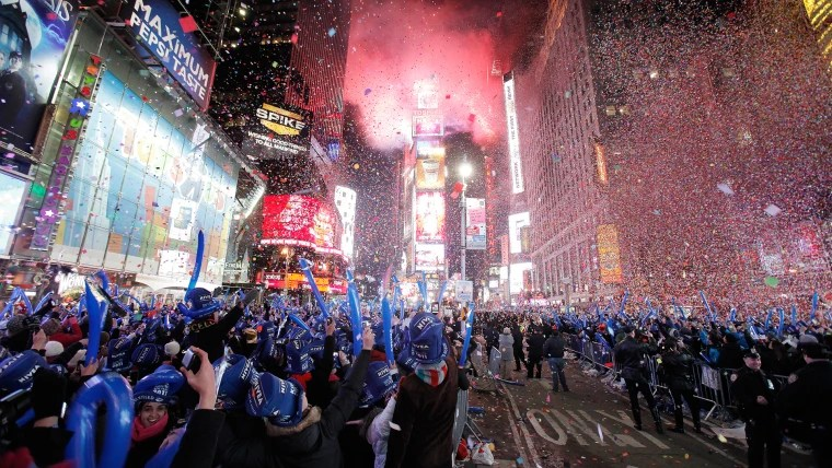 375 to eat at Applebee s  Chain restaurants cash in on New Year s Eve Revellers cheer as confetti falls during New Year celebrations in Times  Square in New York January