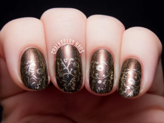 Stylish Thanksgiving Nail Art Ideas For A Cozy Fall Look