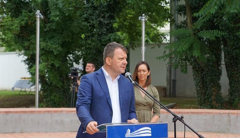 МИРОВИЋ: НАСИЉЕ И МРЖЊА НИКАДА НЕЋЕ ДОБИТИ НАРОДНУ ПОДРШКУ У СРБИЈИ