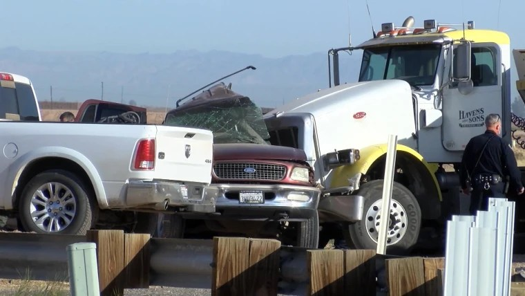 Deadly California Crash Between Vehicle And Semitruck Multiple Deaths ,12 injured