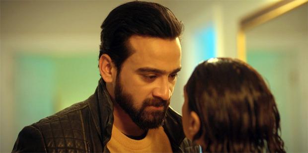 """विशेष: """"लोगों ने कहा है कि मेरे पास अच्छी स्क्रीन उपस्थिति है""""- द गर्ल ऑन द ट्रेन अभिनेता शमुन अहमद"""