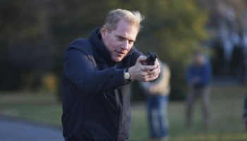 Noah Emmerich as FBI Agent Stan Beeman in a scene from the first season of The Americans