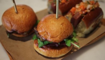 Some sliders at Barcito.