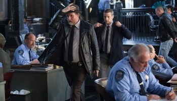 Without a Batman, the cops (Donal Logue, Ben McKenzie) are the good guys.