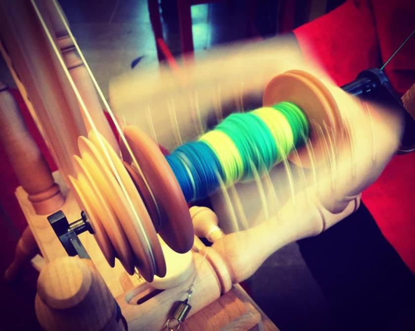 spinna med färg