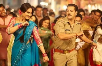 Sonakshi and Salman in a still from Dabangg 2