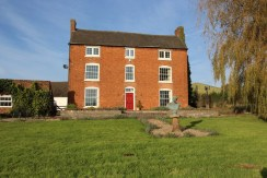 Old Rail Farm, Hurley Common – For Sale