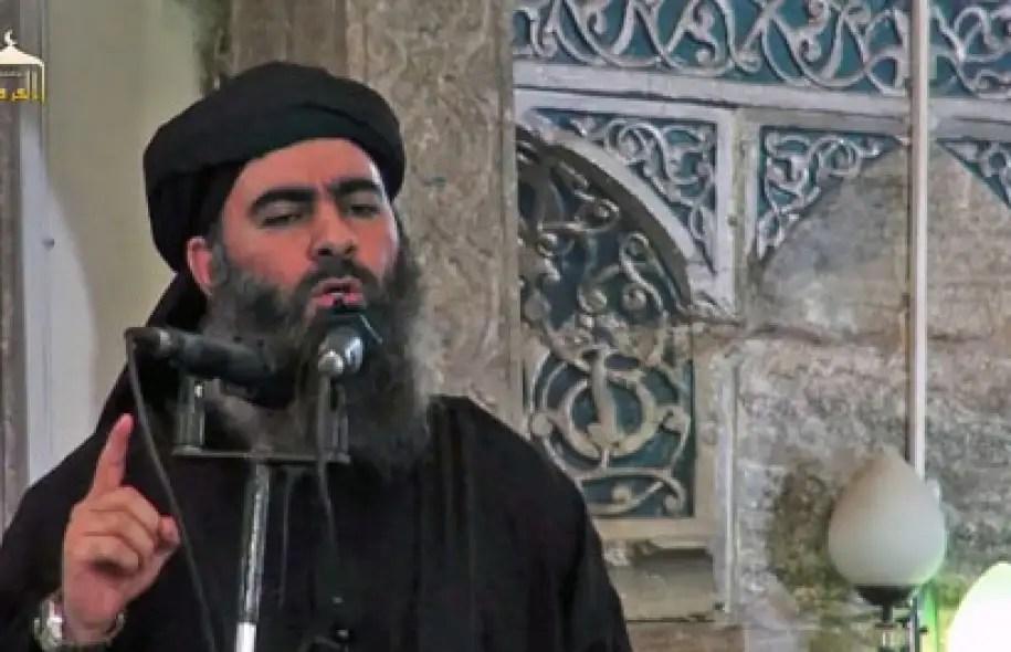 Portant la barbe, l'abaya et le turban noir, Baghdadi s'est autoproclamé calife de l'État islamique, il y a quelques jours.