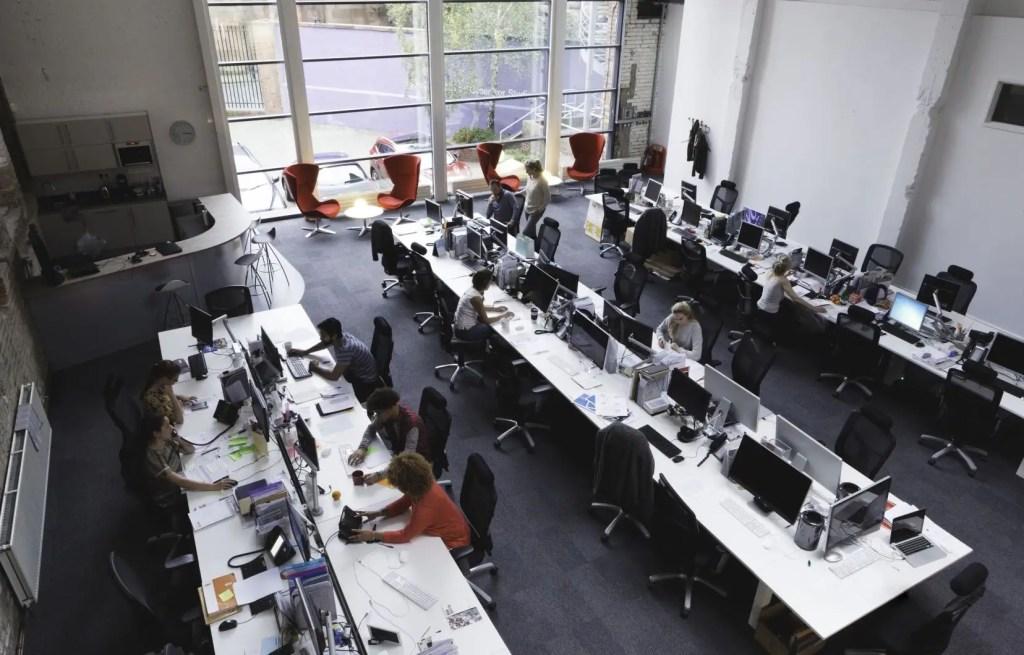 Québec autorise un retour au bureau avec un taux d'occupation maximal de 25%