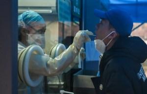 Origines de la pandémie: Washington et l'OMS font pression sur Pékin