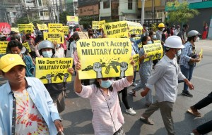 Le bain de sang se poursuit au Myanmar