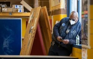 Le port du masque n'est plus de mise pour les Américains vaccinés, estiment les CDC