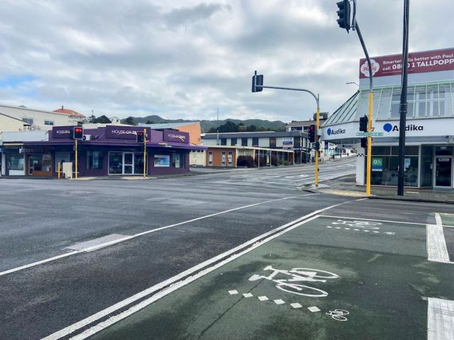 An empty street is seen as a lockdown to curb the spread of cases of the coronavirus disease (Covid-19) remains in place in Wellington, New Zealand, August 20, 2021. — Reuters pic