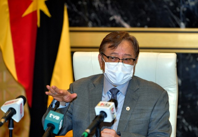 Sarawak Chief Minister Datuk Patinggi Abang Johari Openg said the 10-year Sarawak Post Covid-19 Development Strategy is aimed to prosper the state and the people while simultaneously protecting the environment. — Bernama pic
