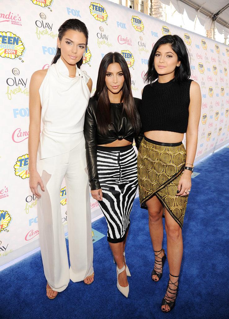https://i2.wp.com/media2.onsugar.com/files/2014/08/10/039/n/1922398/93aa7b8295801615_453457152_10IWuhvs.xxxlarge/i/Kim-Kardashian-Teen-Choice-Awards-2014-Pictures.jpg