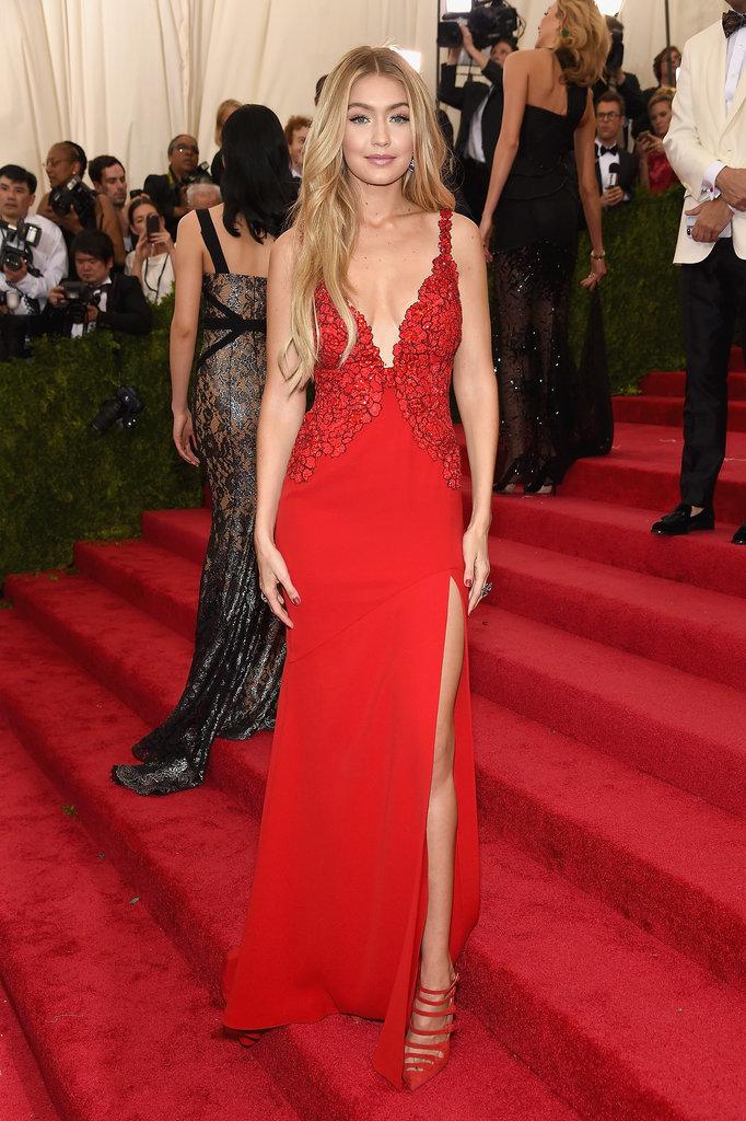 https://i2.wp.com/media2.popsugar-assets.com/files/2015/05/04/081/n/1922398/cf021201_edit_img_cover_file_845159_1430512918_4721719620cYrPG.xxxlarge/i/Gigi-Hadid-DVF-Dress-Met-Gala-2015.jpg