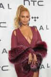 Beyoncé e Jay Z prendono la tappa centrale al concerto di marea della carità