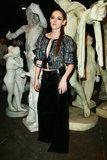 Kristen Stewart osserva più feroce che mai la manifestazione della pista di Chanel a Roma
