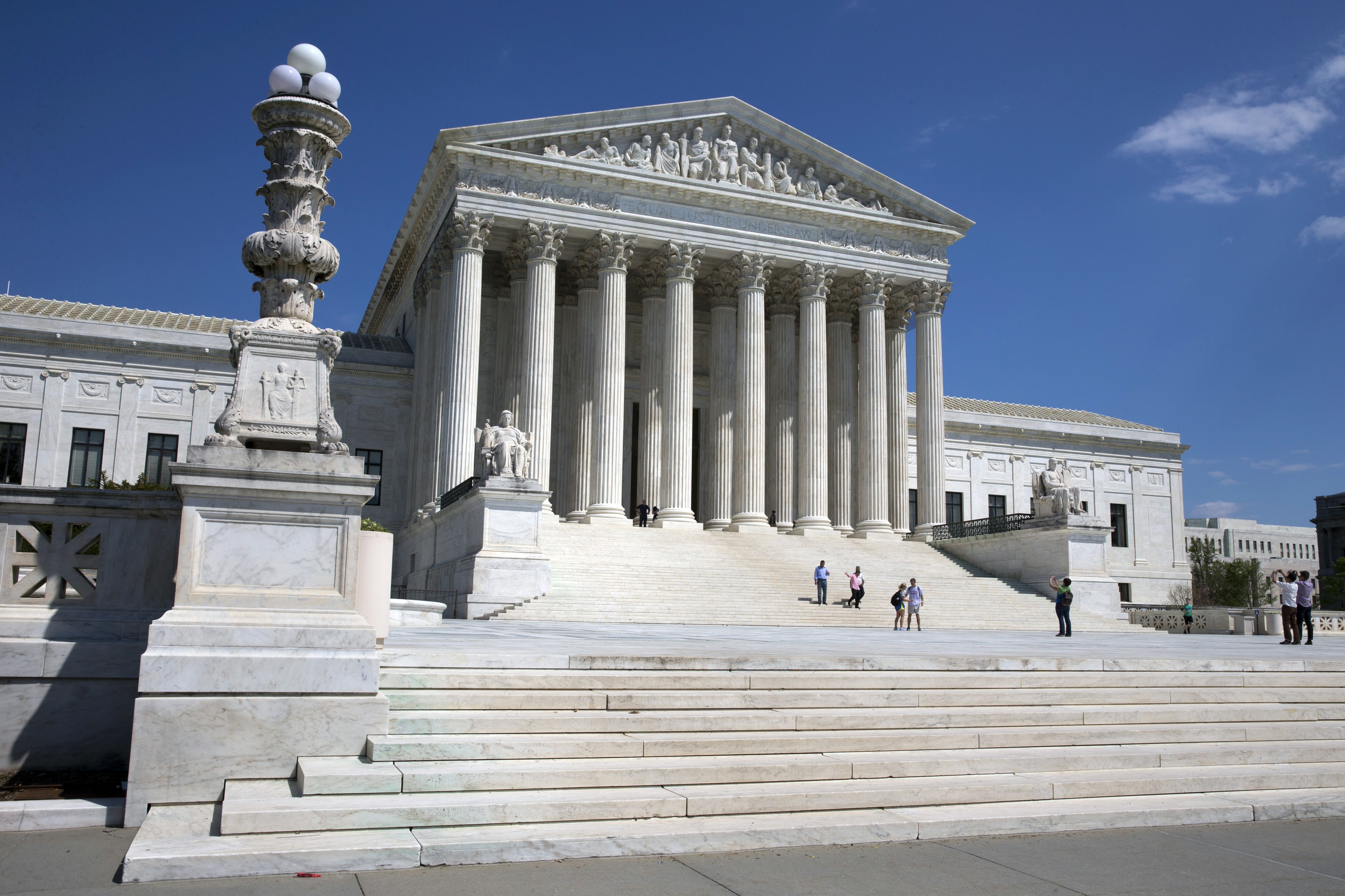 How Does The Supreme Court Pick Cases