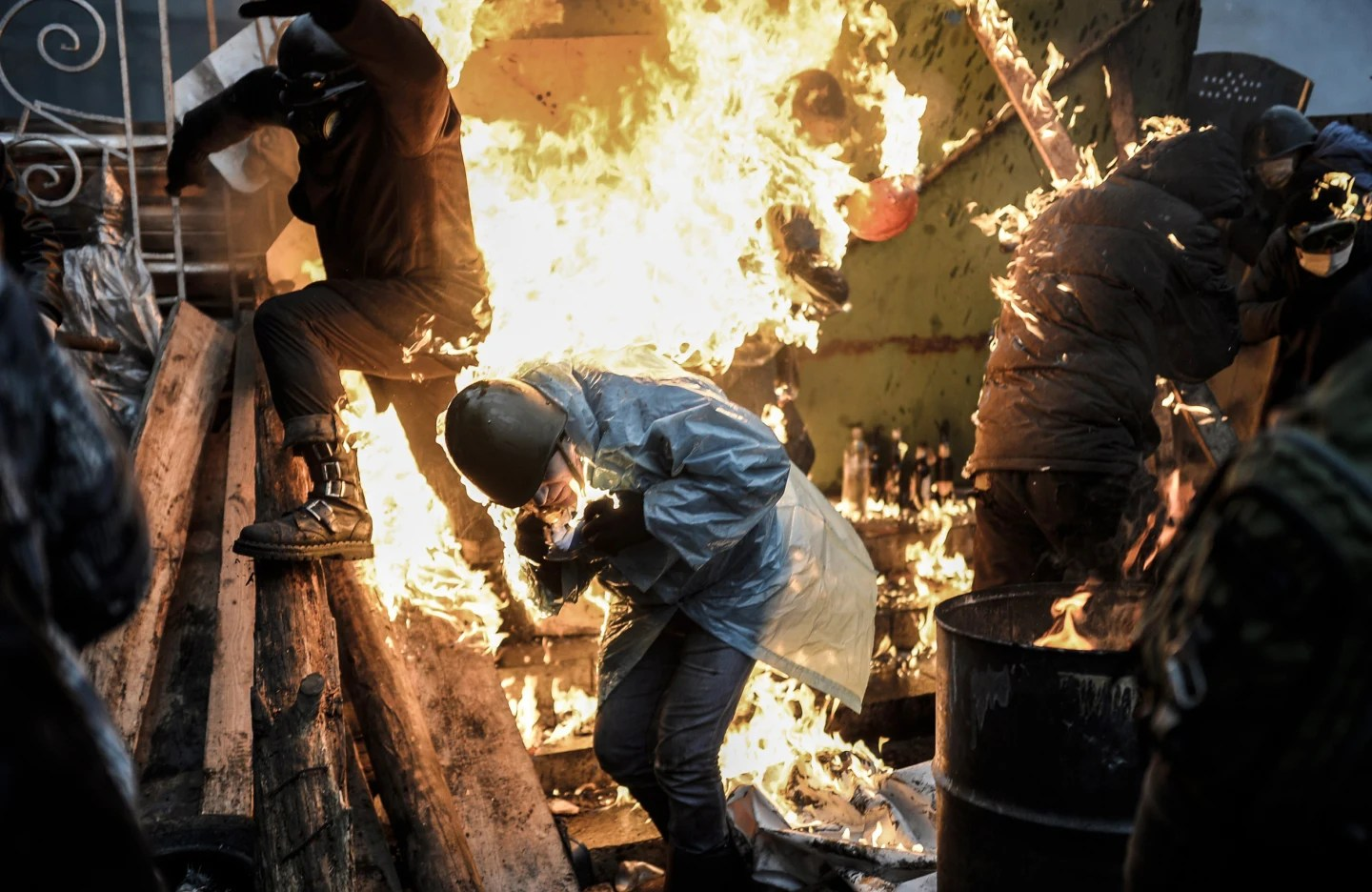 Fire breaks out in Protest Kiev