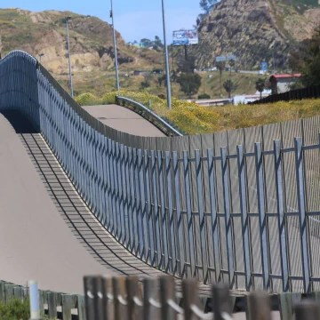 Image: California Border Wall