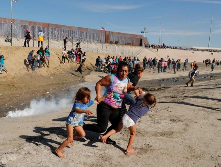 US-Mexico border crossings seeing alarming surge 3/3/21