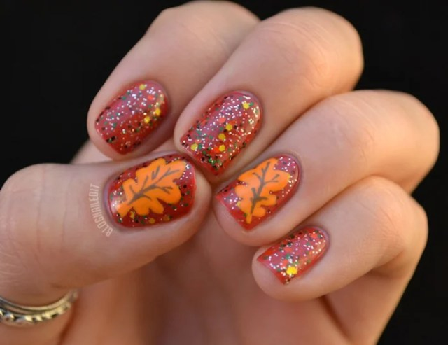 Crisp Fall Leaves Thanksgiving Nails
