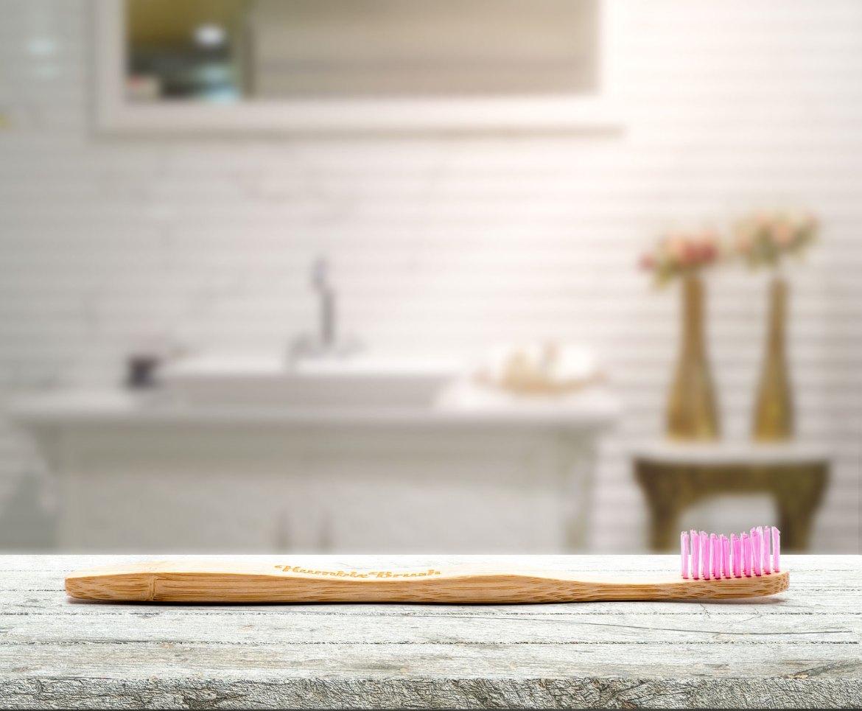 Vinn en årsförbrukning bambutandborstar från Humble Brush!