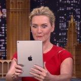 """Kate Winslet si dà """"un fronte di estremità"""" in questo confronto divertente di Selfie con Jimmy Fallon"""