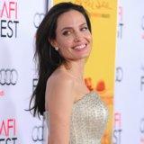 """Come Angelina Jolie sta ottenendo la sua """"correzione del bambino"""" ora che i suoi bambini stanno crescendo"""
