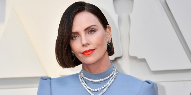 see charlize theron's hair in a brunette bob and other