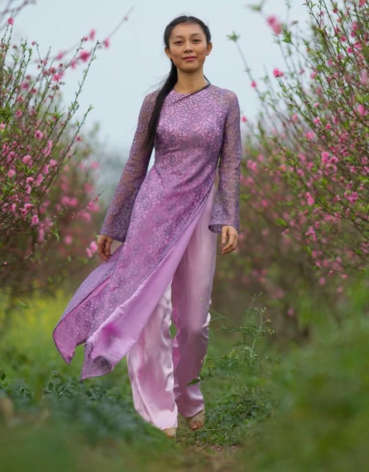 A Vietnamese woman Hoang Thu Huong wearing Vietnamese