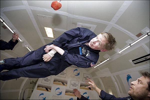 Stephen Hawking flies in zero-G