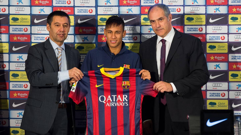 Neymar le costó al Barcelona más de 200 millones de euros
