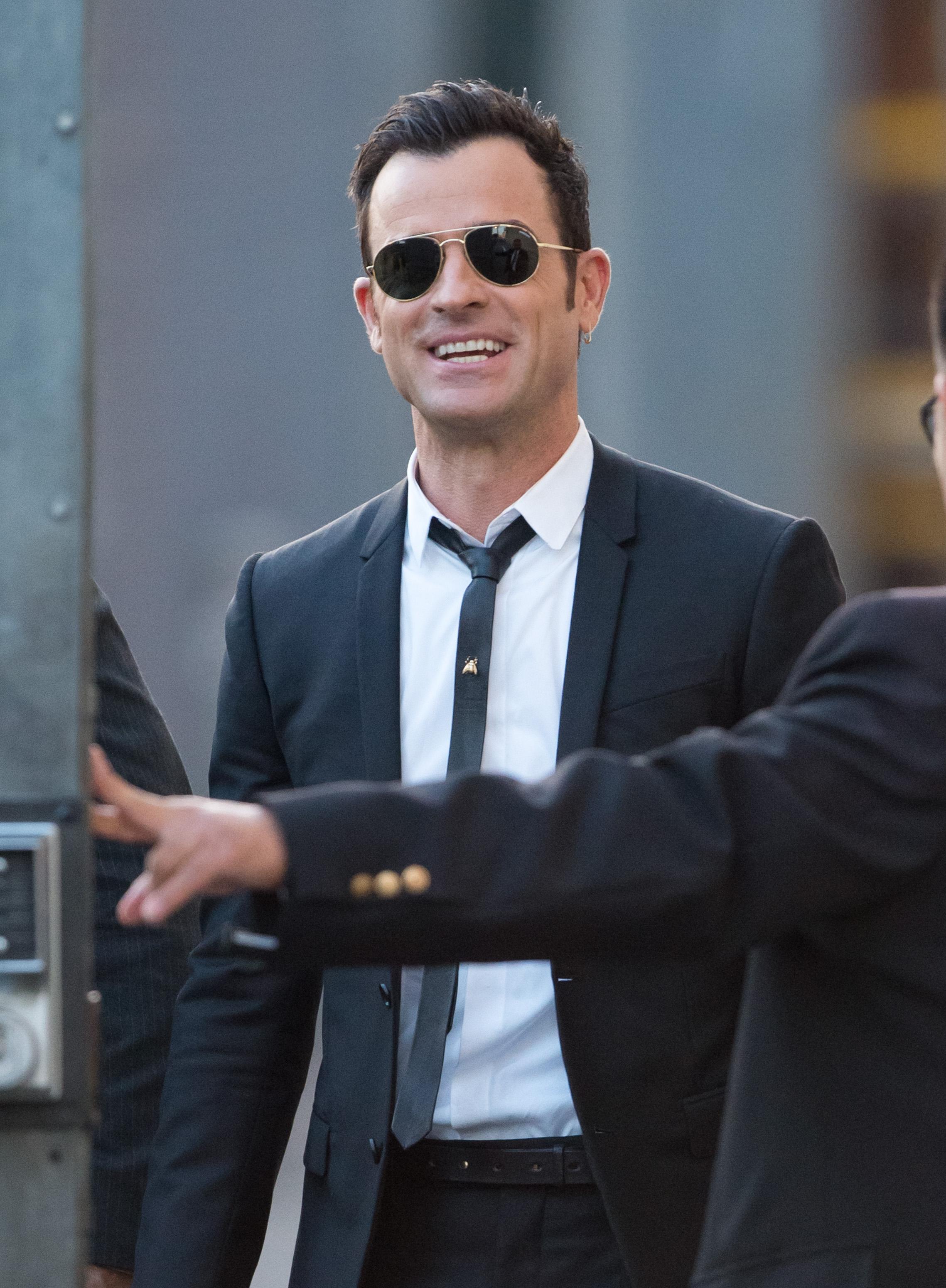 Vestiti di Justin Theroux su per unuscita bella in LA