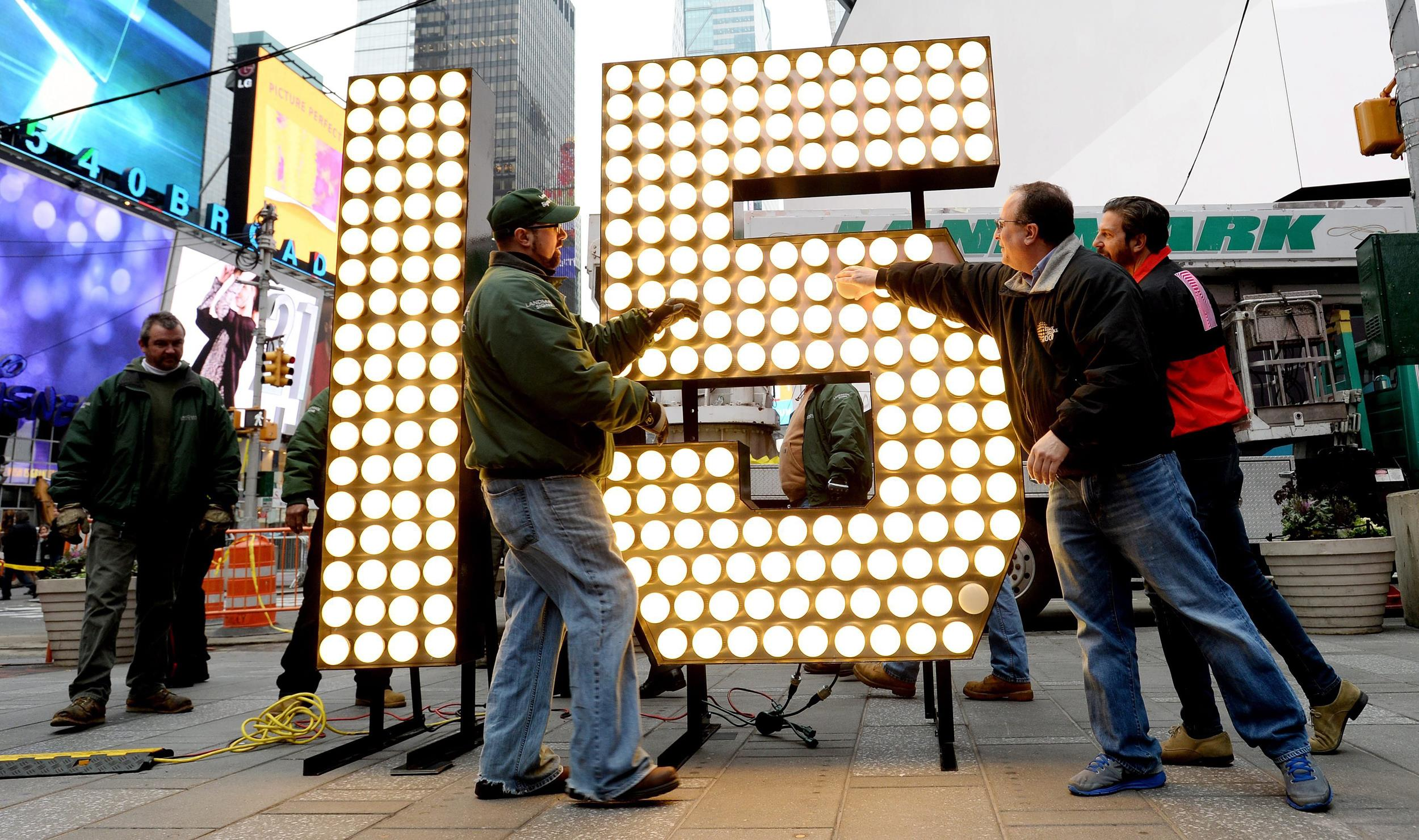 Sign Of The New Year Numerals Arrive In Times Square
