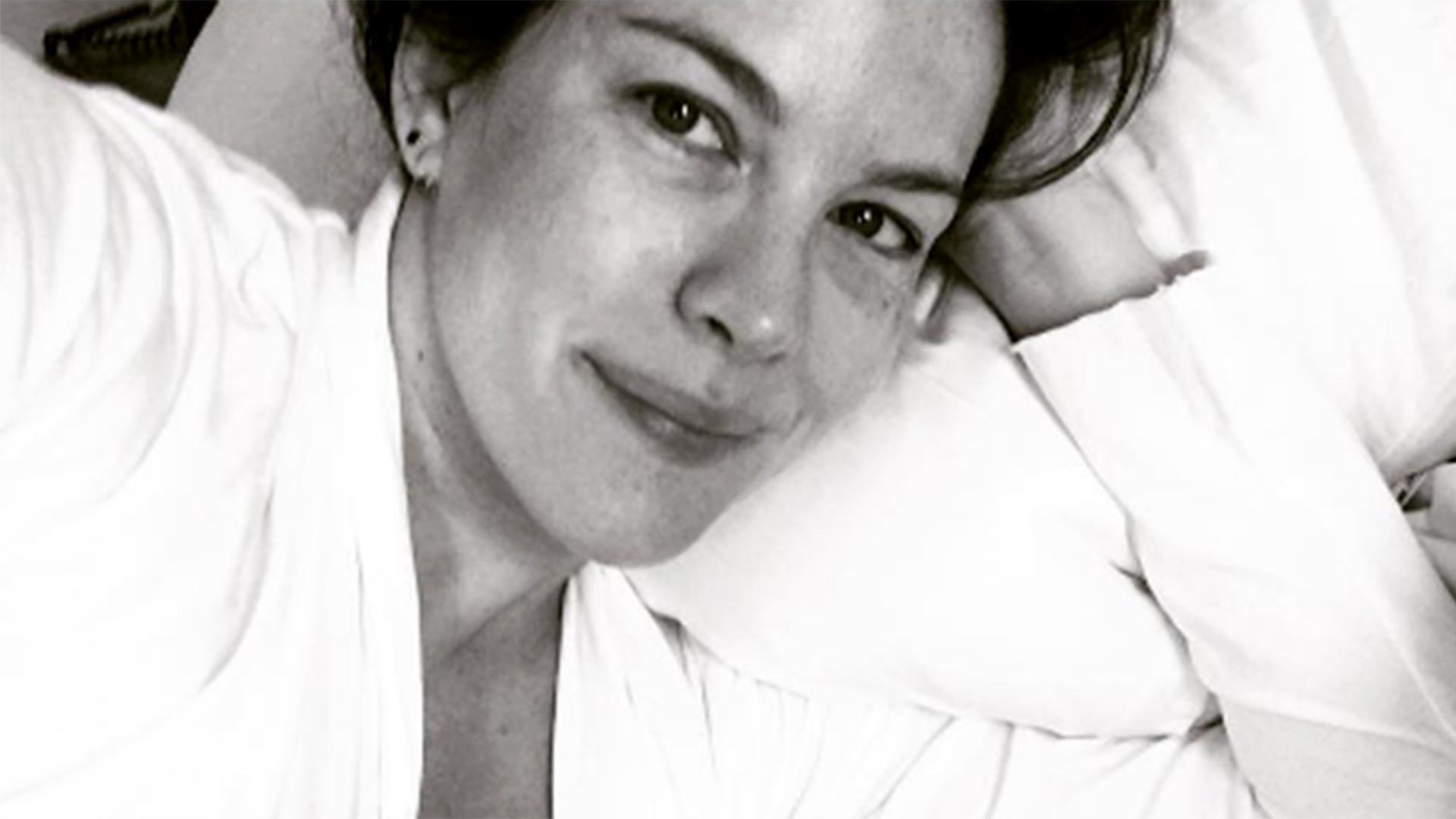 Liv Tyler On Post Baby Body Pressure Just Be Kind To