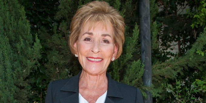 judge judy changed her hairstyle — and her bailiff has an