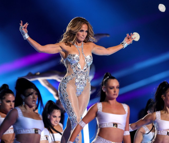 Jennifer Lopez And Shakira Are Sexy Moms And Theres Nothing