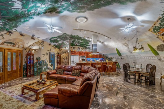 See inside the colorful Texas home that's entirely underground