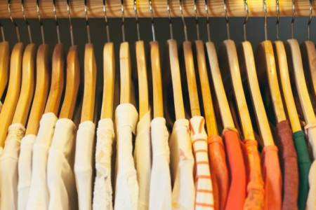 The quickest way to declutter your wardrobe How to declutter your closet right now