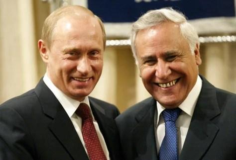 Image: Russian President Vladimir Putin, left,with Israeli President Moshe Katsav.
