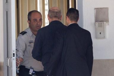 Olmert en prisión