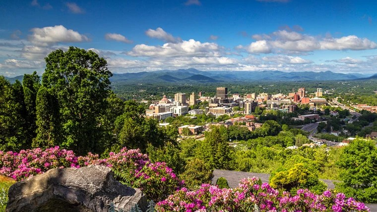 2017 travel  10 best places to visit in the US Asheville  North Carolina  tops the 10 best places to visit in the US list