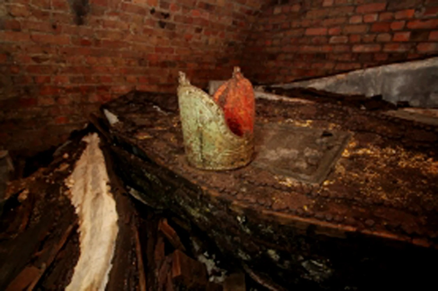 Secret tomb contains remains of 5 London archbishops