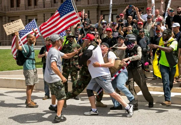 Image: Clash at Austin protests