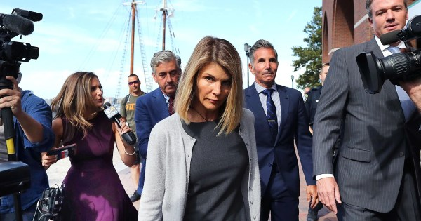 Actress Lori Loughlin facing additional charges in college admissions scandal