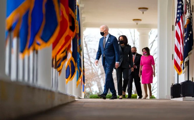 Lost in the shuffle': Republicans battle around Biden — for now