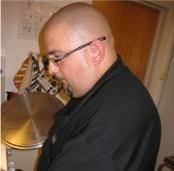 Kocken Jens Aineskog från Åbylund stod för den goda maten. Menyn bestod av toast Skagen som förrätt. Baconlindad fläskfilé, potatisgratäng, rödvinssky, och grönsaker som varmrätt och fransk chokladkaka, hallon och vispgrädde som dessert.