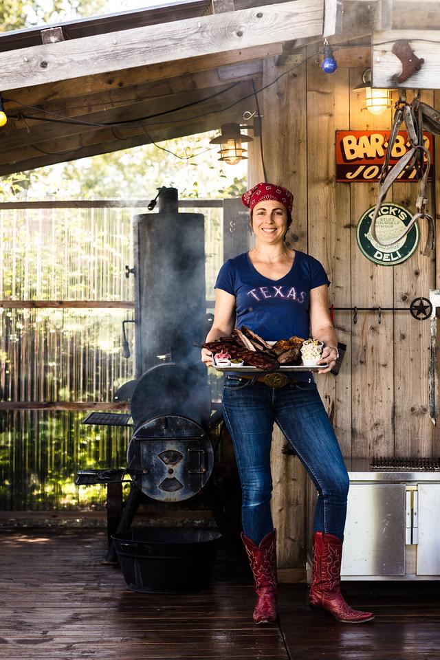 Angela Taliaferro driver Texas Barbecue Cafe og har gitt ut Norges første barbecuebok. Foto: Stian Broch, Kagge Forlag